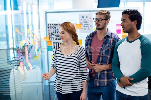 Creatieve business team sticky notes kantoor business vrouw Stockfoto © wavebreak_media