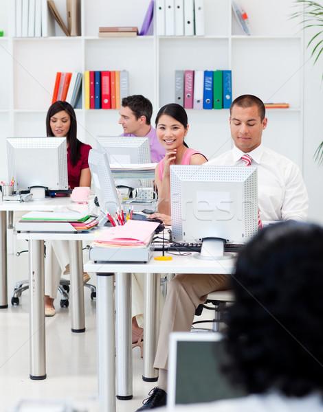 Photo stock: Gens · d'affaires · travail · ordinateurs · bureau · ordinateur