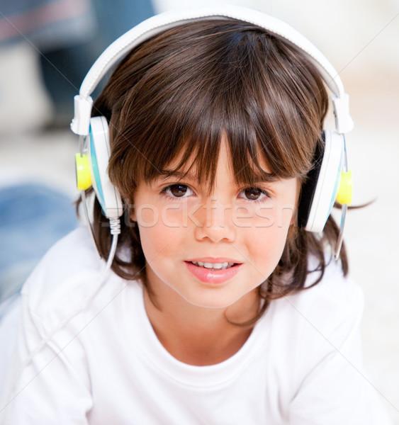 Glimlachend jongen muziek slaapkamer meisje kinderen Stockfoto © wavebreak_media