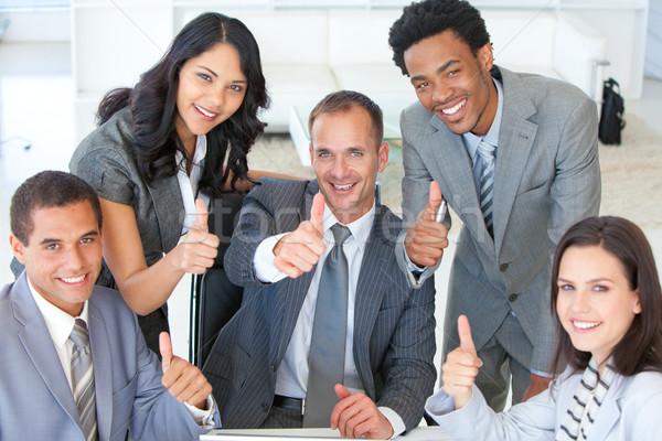 Több nemzetiségű üzleti csapat remek iroda üzlet nő Stock fotó © wavebreak_media