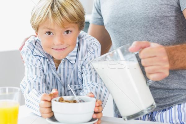Vader melk granen ontbijt huis Stockfoto © wavebreak_media