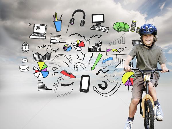 Obraz mały chłopca rowerów parku Zdjęcia stock © wavebreak_media