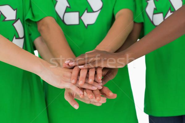 Ambiental manos junto blanco femenino reciclar Foto stock © wavebreak_media