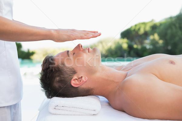 穏やかな 男 レイキ 治療 外 スパ ストックフォト © wavebreak_media