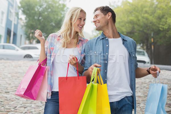 Quadril compras trio cidade Foto stock © wavebreak_media