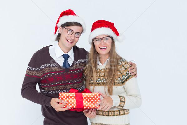 Hipszter pár tart ajándék fehér férfi Stock fotó © wavebreak_media
