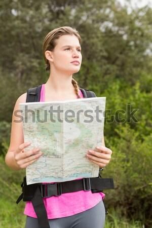 Chłopca Pokaż patrząc dystans lasu Zdjęcia stock © wavebreak_media