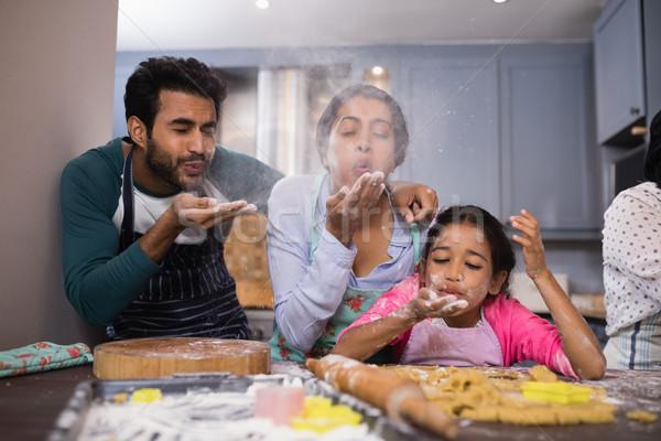 Familie meel keuken home Stockfoto © wavebreak_media