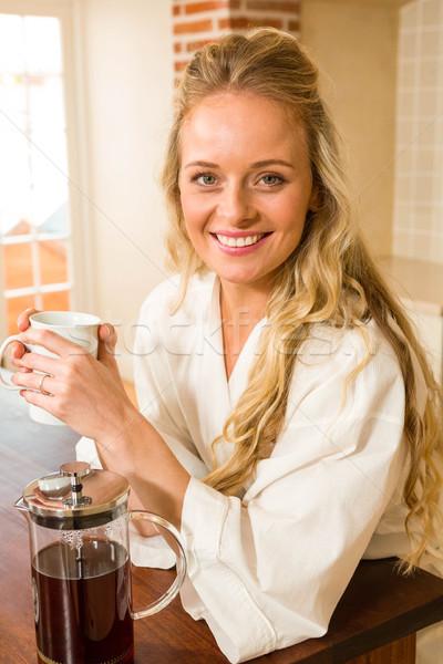 Csinos nő nap álmodik kávé konyha otthon Stock fotó © wavebreak_media