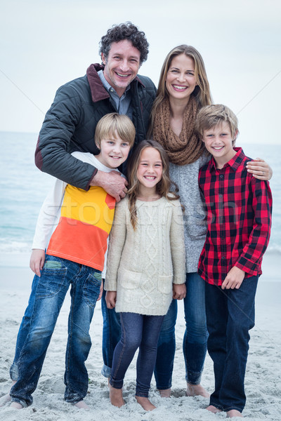 肖像 家族 立って 海 海岸 ストックフォト © wavebreak_media