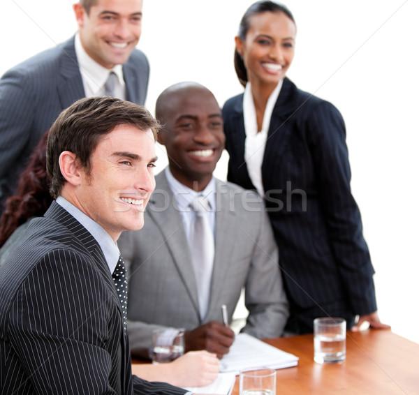 Több nemzetiségű üzletemberek megbeszélés üzlet boldog munkás Stock fotó © wavebreak_media