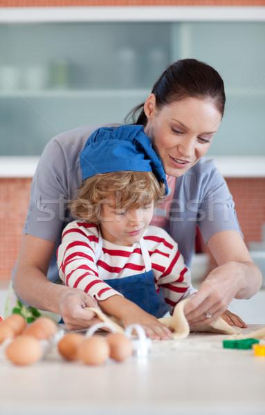 少年 キッチン 母親 家族 ストックフォト © wavebreak_media