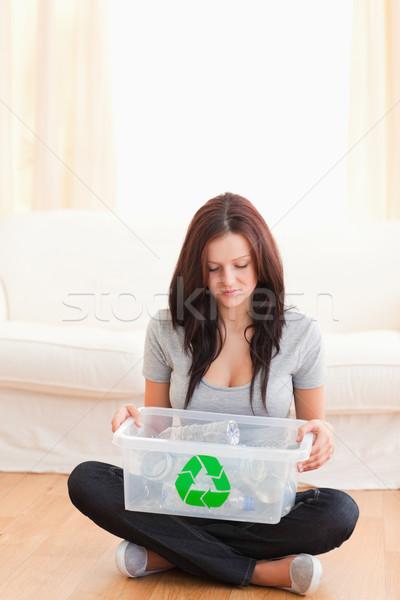 Kadın oturma zemin geri dönüşüm kutu Stok fotoğraf © wavebreak_media