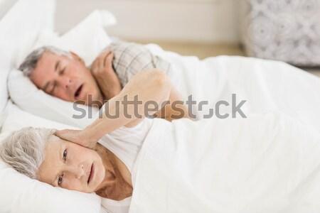 портрет красивая женщина спальный белый спальня женщины Сток-фото © wavebreak_media