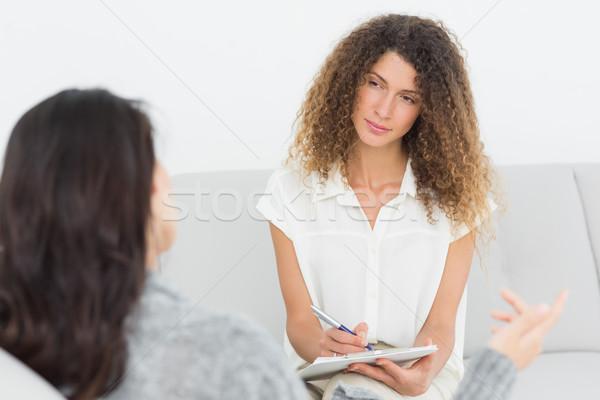 серьезный терапевт прослушивании говорить пациент терапии Сток-фото © wavebreak_media