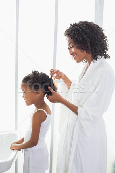 Csinos anya haj otthon fürdőszoba boldog Stock fotó © wavebreak_media