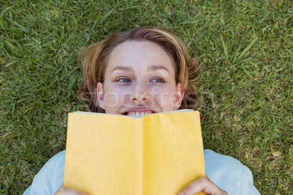 きれいな女性 読む 図書 公園 女性 ストックフォト © wavebreak_media