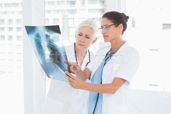 Kobiet lekarzy xray medycznych biuro Zdjęcia stock © wavebreak_media