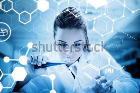 Afbeelding wetenschapper drop bloed Stockfoto © wavebreak_media