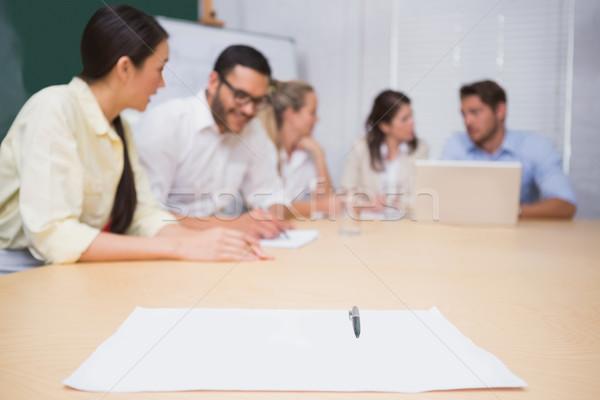 пустая страница таблице бизнес-команды служба женщину бумаги Сток-фото © wavebreak_media