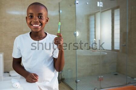 Portre gülen kıdemli adam diş fırçası Stok fotoğraf © wavebreak_media