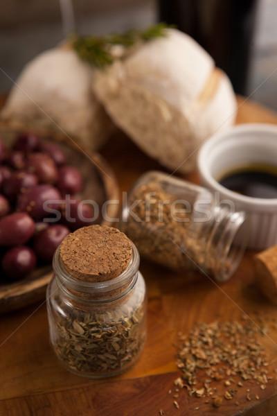 Specerijen jar olijven brood Stockfoto © wavebreak_media