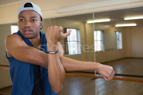Dançarina para cima estúdio masculino azul Foto stock © wavebreak_media