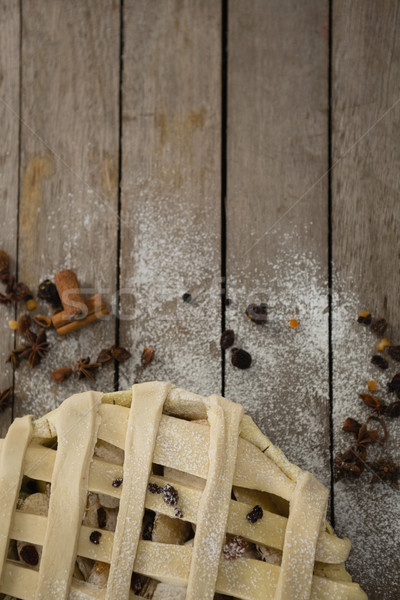 Imagem torta de maçã tabela temperos madeira borboleta Foto stock © wavebreak_media