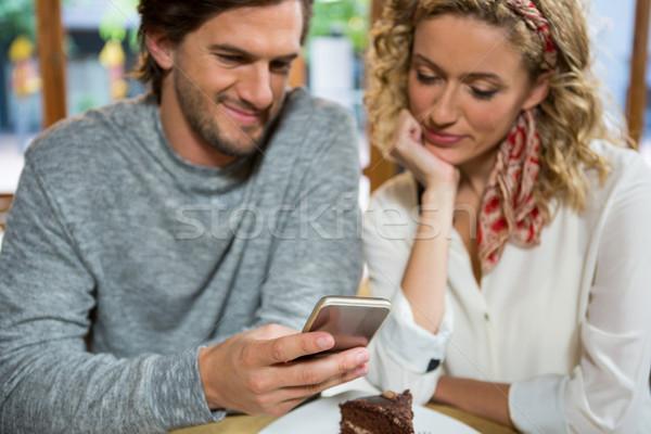 пару таблице кофейня телефон человека Сток-фото © wavebreak_media