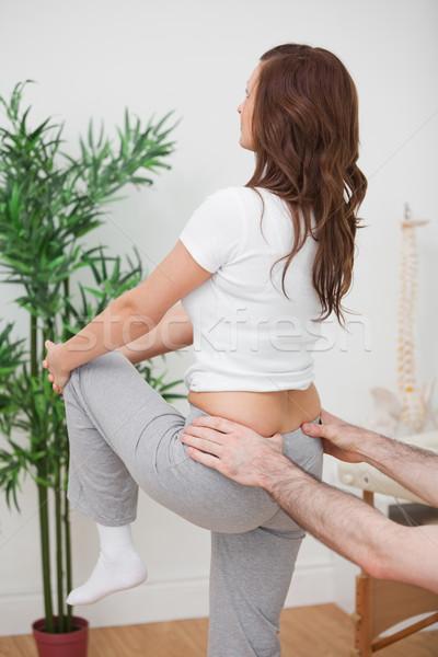 Mujer pierna hombre tocar atrás Foto stock © wavebreak_media