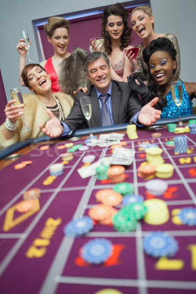 Donne successo roulette casino soldi Foto d'archivio © wavebreak_media