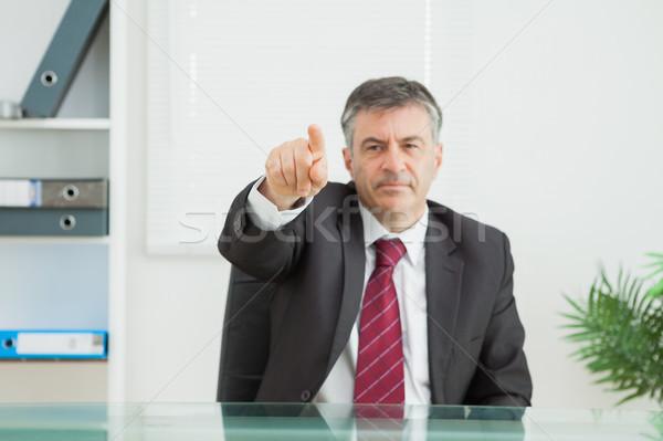 Iş adamı işaret ağır ofis takım elbise çalışma Stok fotoğraf © wavebreak_media