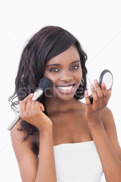 Nő mosolyog tart por kompakt ecset boldog Stock fotó © wavebreak_media