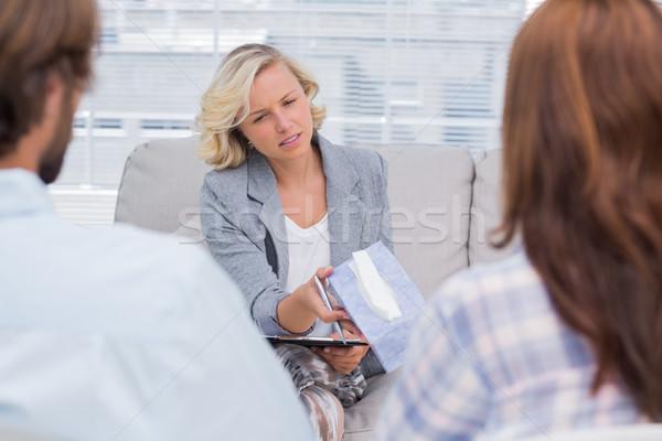 Terapeuta papírzsebkendő nő kanapé női profi Stock fotó © wavebreak_media