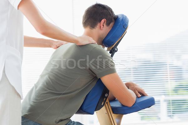 Stockfoto: Schouder · massage · man · vrouwelijke · stoel · ziekenhuis