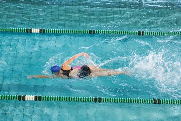 Montare nuotatore formazione piscina tempo libero centro Foto d'archivio © wavebreak_media