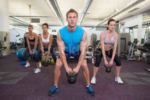 мышечный инструктор ведущий гири класс спортзал Сток-фото © wavebreak_media
