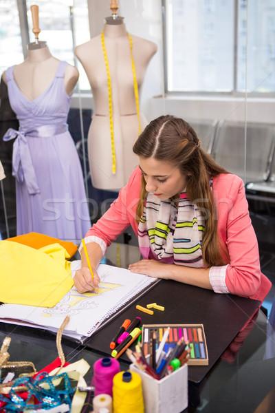Modă proiectant rochie afaceri om Imagine de stoc © wavebreak_media