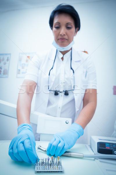 Női fogorvos szőlőszüret fogászati szerszámok portré Stock fotó © wavebreak_media