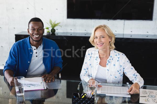 Portré mosolyog üzlet kollégák dolgozik kreatív Stock fotó © wavebreak_media