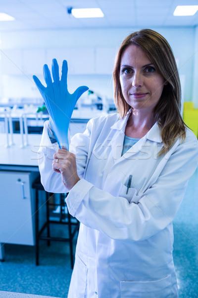 科学 手袋 ラボ 大学 女性 ストックフォト © wavebreak_media
