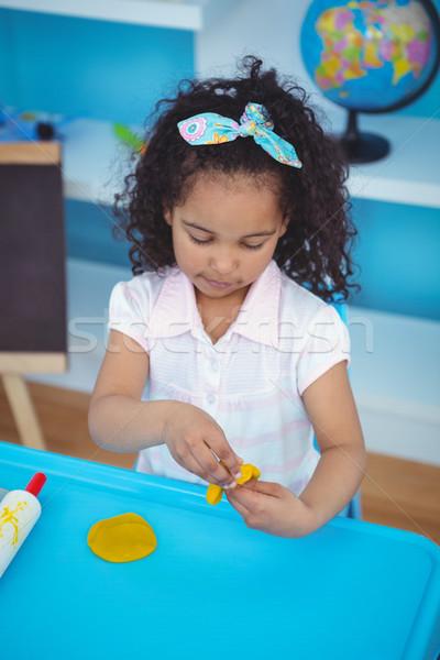 Cute meisje klei spelen kamer gelukkig Stockfoto © wavebreak_media