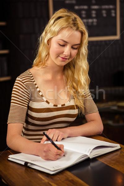 Güzel sarışın kadın yazı kahvehane kadın Stok fotoğraf © wavebreak_media