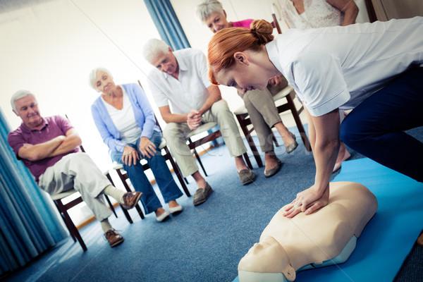 Verpleegkundige onderwijs eerste hulp groep pensioen Stockfoto © wavebreak_media
