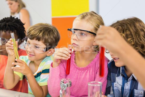 Crianças químico experiência laboratório escolas menina Foto stock © wavebreak_media