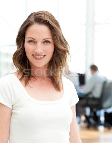 Zakenvrouw poseren team vergadering business Stockfoto © wavebreak_media