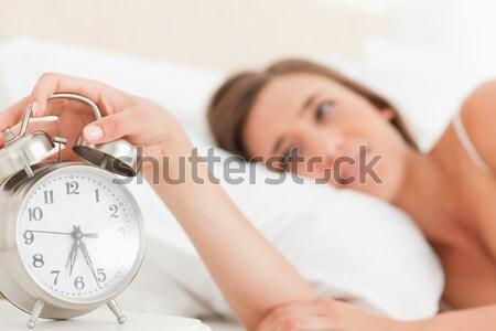 расстраивать женщину будильник спальня рук Сток-фото © wavebreak_media