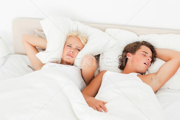 Fiatal pér felfelé hálószoba férfi ágy stressz Stock fotó © wavebreak_media