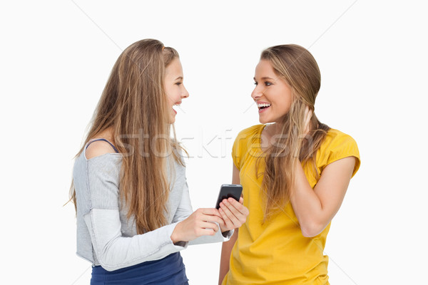 Dois surpreendido mulheres jovens branco Foto stock © wavebreak_media