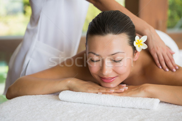 Brunette paisible massage Photo stock © wavebreak_media